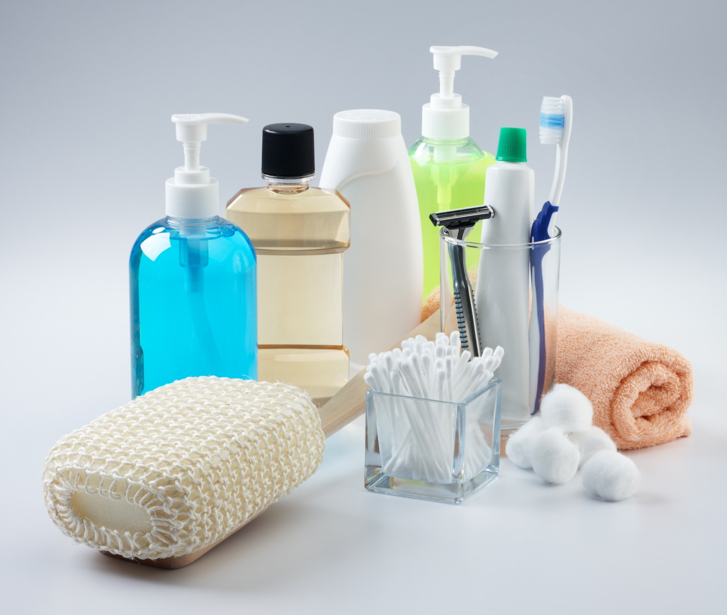 Assorted toiletries.